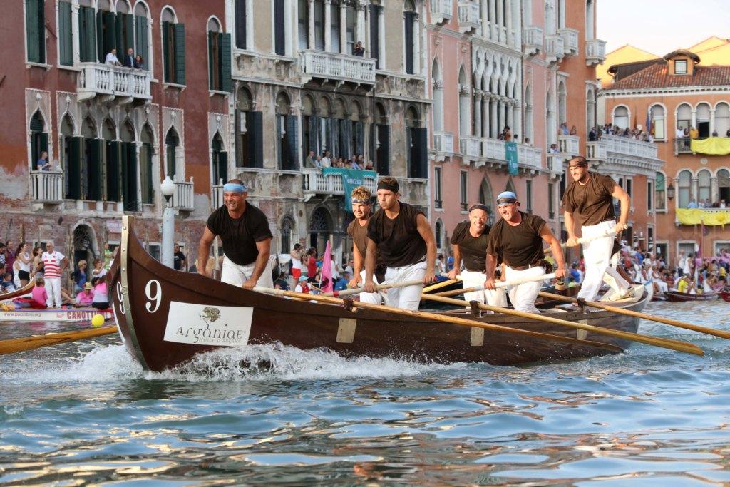 argania alla regata storica dimostra il valore del benessere fisico