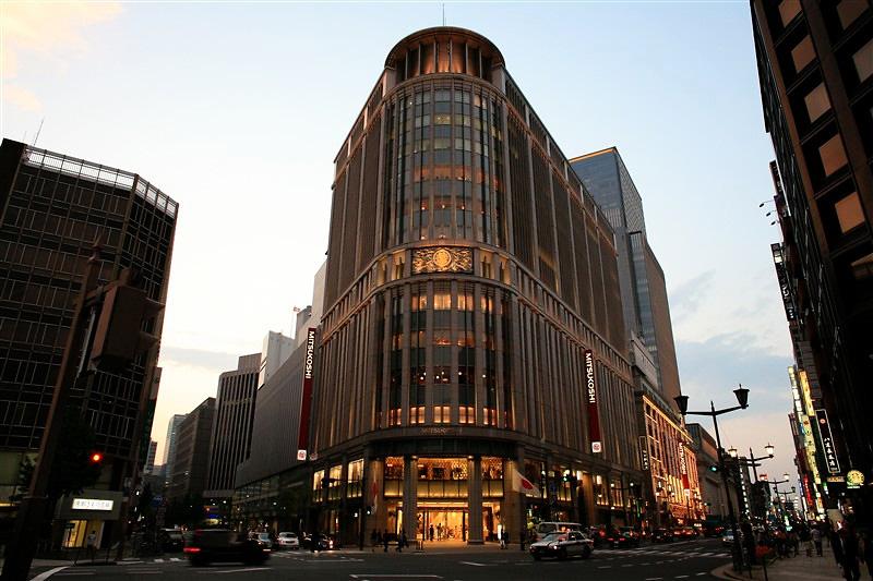 negozio Mitsukoshi a Tokyo con la linea Argania